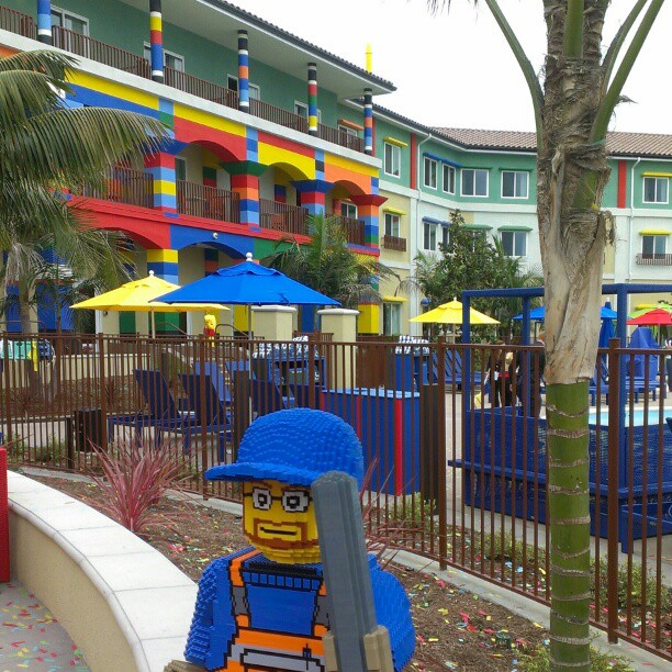 LEGOLAND California Resort Opens LEGO themed Hotel