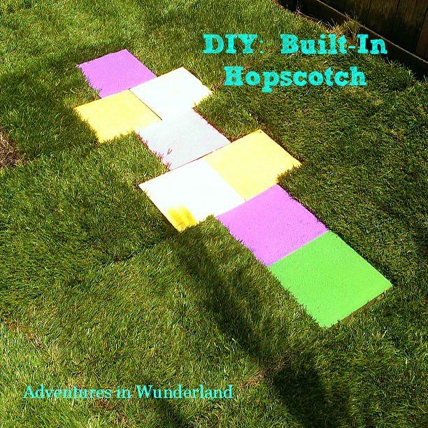 DIY  Built-In Hopscotch
