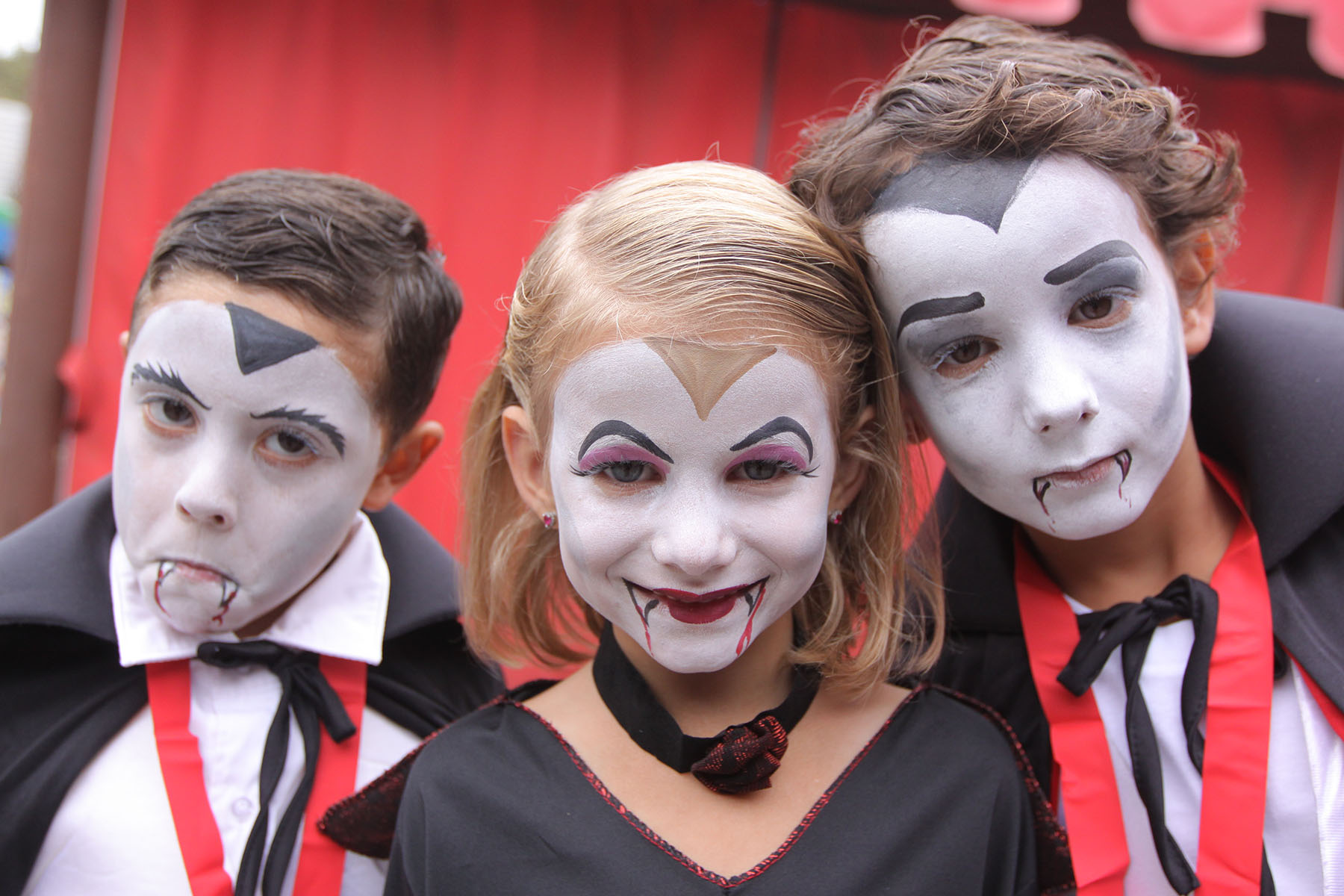 Vampires Wanted at LEGOLAND California~and FREE entry to the park!
