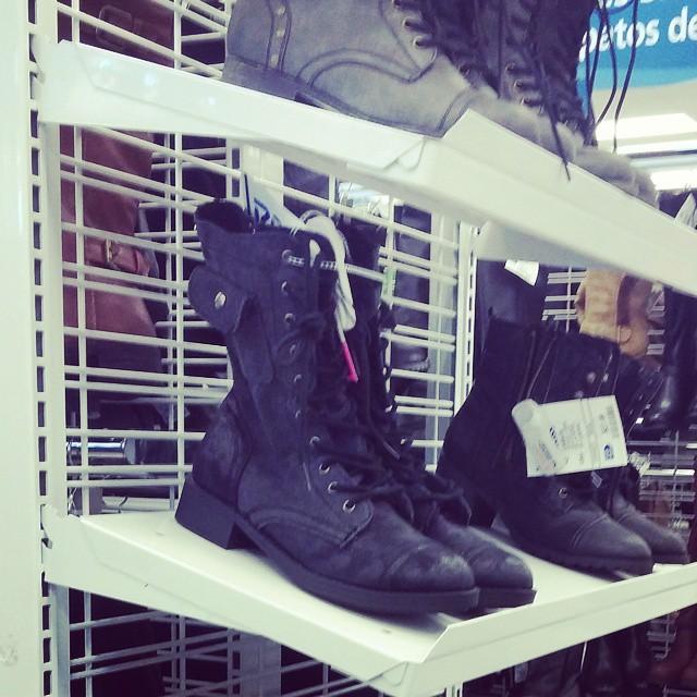 Divergent Boots