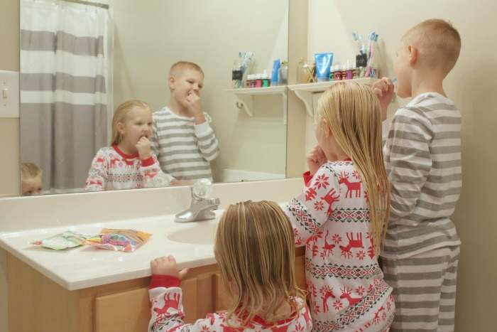 encourage flossing with kids